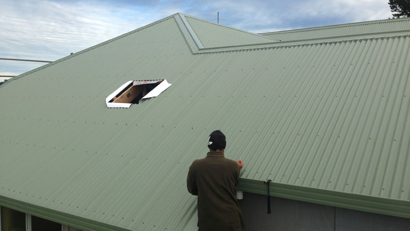 Roof Bay of Islands is a local business with 30 Years of roofing experience. We are specialised in Residential, industrial / commercial, roof maintenance.